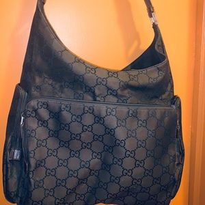 Gucci travel / dipper bag authentic great cond